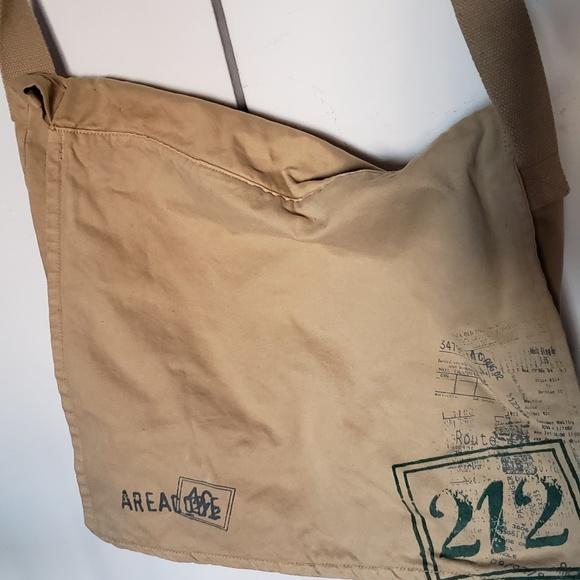 unknown Handbags - Canvas messenger bag
